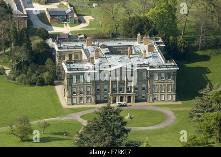 eine luftaufnahme von calke abbey derbyshire es gibt