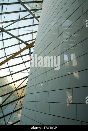 Detail Glas Segel des Louis Vuitton Stiftung Museum gebaut von Frank Gehry, Bois De Boulogne, Paris, Frankreich - Stockfoto