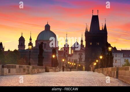 Karlsbrücke, die Prager Altstadt Stadtbild, Tschechische Republik, UNESCO - Stockfoto