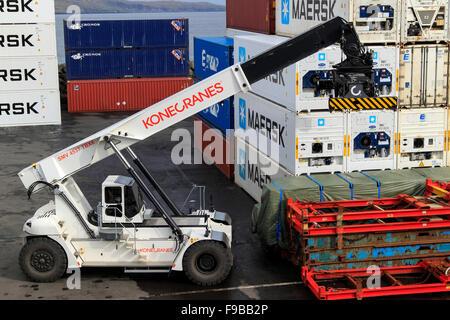 See-Container Hafen von Tórshavn, Färöer-Inseln - Stockfoto