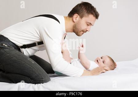 Porträt eines Vaters mit seiner Tochter - Stockfoto