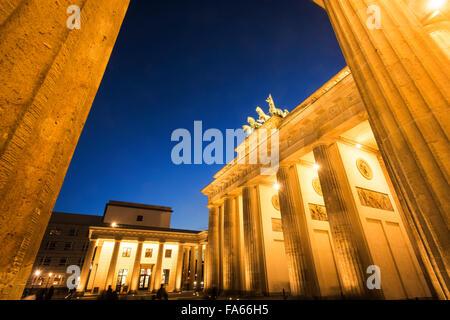 Abenddämmerung Schuss des Brandenburger Tor Berlin Deutschland Brandenburger Tor Twilight - Stockfoto