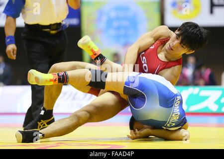 Nd Yoyogi Gymnasium, Tokio, Japan. 23. Dezember 2015. Sosuke Takatani, 23. Dezember 2015 - Ringen: Alle Japan Wrestling - Stockfoto