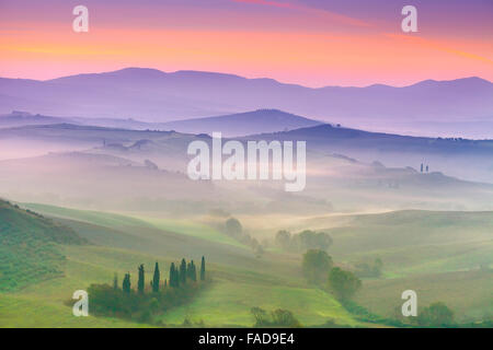 San Quirico D'Orcia, Toskana Landschaft, Italien - Stockfoto