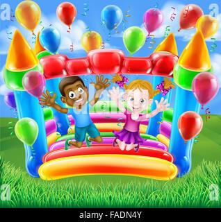Zwei Kinder, die Spaß auf einer Hüpfburg Haus mit Luftballons und Luftschlangen springen - Stockfoto