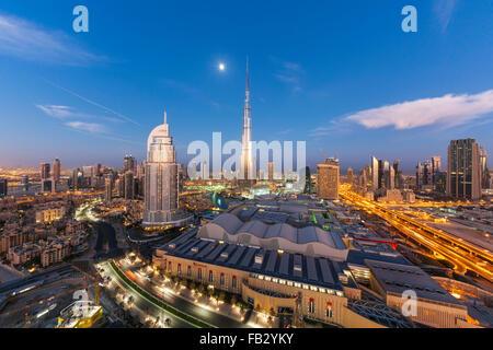 Vereinigte Arabische Emirate, Dubai, Burj Khalifa, erhöhten Blick auf die Dubai Mall - Stockfoto