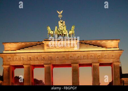 Das Illuminierte Brandenburger Tor, Berlin. - Stockfoto
