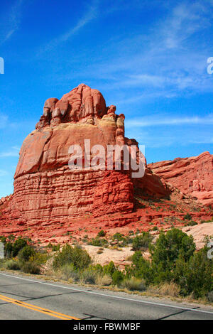 Entrada Sandstein gehauen für Millionen von Jahren der Verwitterung Ergebnis in fantastische Formen im Arches Nationalpark - Stockfoto