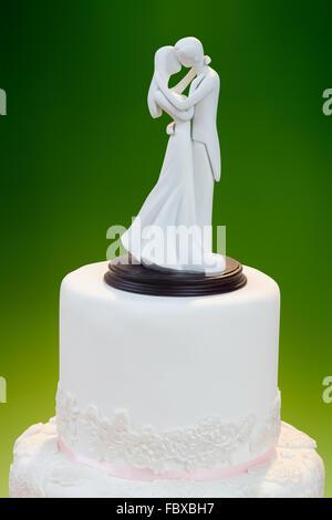 Hochzeitsdekoration auf den Kuchen - Stockfoto
