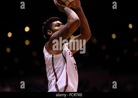 Nd Yoyogi Gymnasium, Tokio, Japan. 23. Januar 2016. Richard Solomon (Alvark), 23. Januar 2016 - Basketball: National - Stockfoto