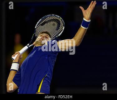 Melbourne, Australien. 28. Januar 2016. Novak Djokovic (SRB) in Aktion gegen Roger Federier (SUI) während ihrer - Stockfoto
