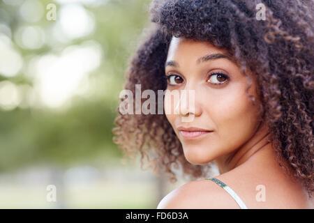 Natürliche Schönheit Frau - Stockfoto