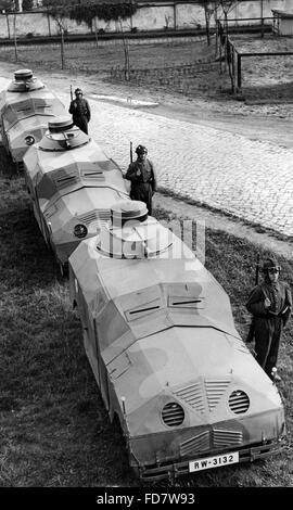 Manöver mit Dummy-Tanks, 1932 - Stockfoto