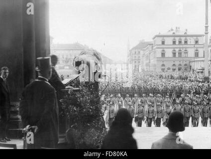 Einweihungsfeier der Krieg Plaques in der Feldherrenhalle in München, 1931 - Stockfoto