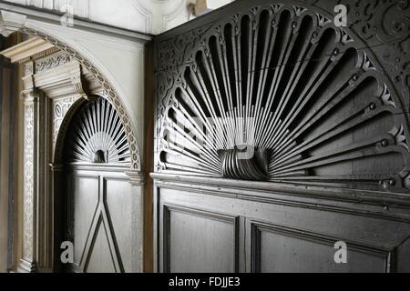Die Tür des Ballsaals im Knole, Sevenoaks, Kent. - Stockfoto