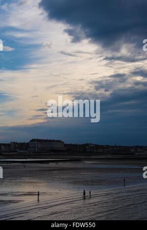 Westbrook Bucht, Margate, Kent, South East England, UK bei Sonnenuntergang - Stockfoto