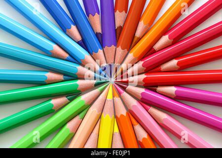 Makro Buntstifte in einem Kreis. - Stockfoto