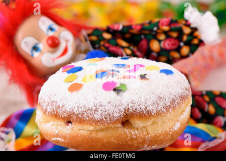 Krapfen mit Clown Karneval - Stockfoto
