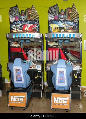 Arcade-Rennmaschine - Stockfoto