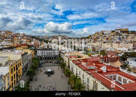 Panorama Blick auf Las Palmas de Gran Canaria an einem schönen Tag anzeigen aus die Kathedrale Santa Ana - Stockfoto