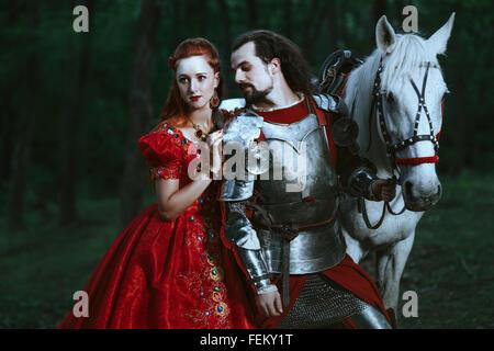 Mittelalterliche Ritter mit Dame - Stockfoto