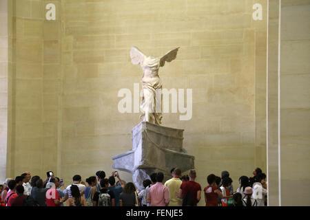 Frankreich. Paris. Louvre-Museum.  Winged Sieg von Samothrace. Altgriechisch. - Stockfoto