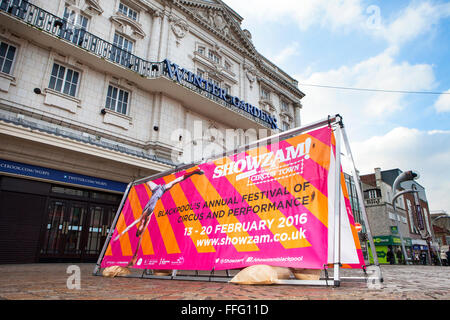 Showzam! Zirkusstadt, Wintergärten, Blackpool, Lancs, UK 13. Februar 2016. Blackpools des Festival des Zirkus & - Stockfoto
