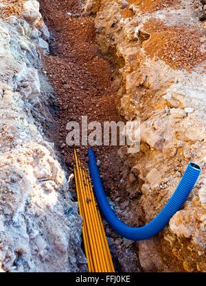 Unterirdische Telefonkabel Stockfoto, Bild: 73510208 - Alamy