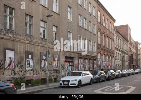 BERLIN, 28. Januar: Gebäude-Fassade in der Auguststraße in Berlin-Mitte am 28. Januar 2016. - Stockfoto