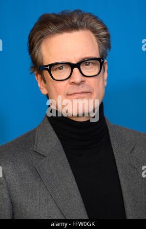 "Berlin, Deutschland. 16. Februar 2016. Colin Firth in ""Genius"" Fototermin bei der 66. Berlin International Film - Stockfoto"