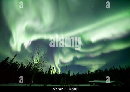 Aurora Borealis in der Nacht - Stockfoto