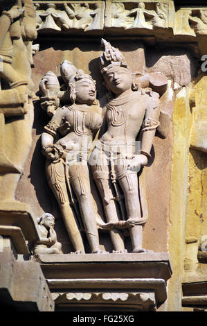 Lakshmi-Narayana an Wand Chitragupta Khajuraho Tempel Madhya Pradesh, Indien - Stockfoto