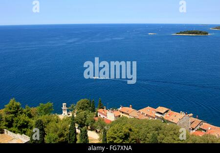 Geographie/Reisen, Kroatien, Istrien, Rovinj, Blick vom Kirchturm von St. Euphemia in Richtung Meer, Additional - Stockfoto