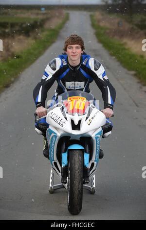 Superstock 600 Motorradfahrer Joe Sheldon-Shaw der Oxspring, in der Nähe von Barnsley, South Yorkshire, Großbritannien. - Stockfoto