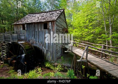 Die John-Kabel-Mühle ist eine historische Attraktion Cades Cove in Great Smoky Mountains National Park, Tennessee, - Stockfoto