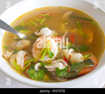 Bild von Tom Yam Suppe - Stockfoto