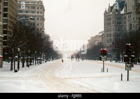 Washington, DC, USA, 7. Januar 1996 The Blizzard 1996 war eine schwere Nor'easter, die Ostküste der USA mit bis - Stockfoto