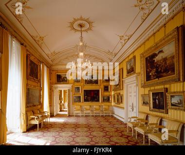 Georgianisches haus interieur salon rosehill house for Hauser innenansicht