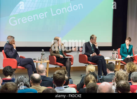 Royal Society of Medicine, Wimpole Street, London, 4. März 2016. XL-R Labours Sadiq Khan, The Green Party Sian Berry, konservative Zac Goldsmith und die Liberaldemokraten Caroline Pidgeon bei Greener London bürgermeisterliche Versammlungen statt auf der Royal Society of Medicine in London. Bildnachweis: Paul Davey/Alamy Live-Nachrichten Stockfoto