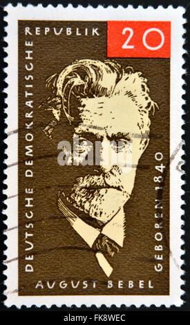 Deutschland - ca. 1979: Briefmarke gedruckt in Deutschland zeigt August Ferdinand Bebel, deutscher Sozialdemokrat, - Stockfoto