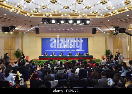 Peking, China. 10. März 2016. Eine Pressekonferenz über Rechtsvorschriften Fortschritte ist am Rande der vierten - Stockfoto