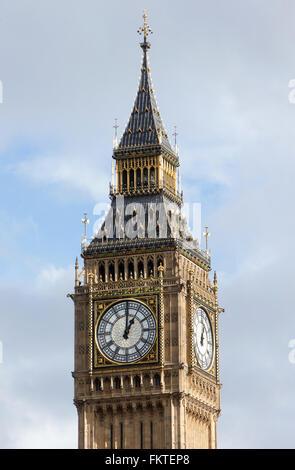 """Die Elizabeth-Turm, allgemein bekannt als """"Big Ben"""", ist Teil des Palace of Westminster und ist ein weltweit Touristenattraktion - Stockfoto"""