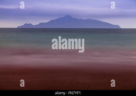 Rote Algen im Meer, Waipu Cove, Waipu, Bream Bay, Northland, Neuseeland - Stockfoto