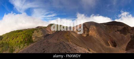 Vulkanische Landschaft entlang der Ruta de Los Volcanes auf La Palma, Kanarische Inseln, Spanien. - Stockfoto