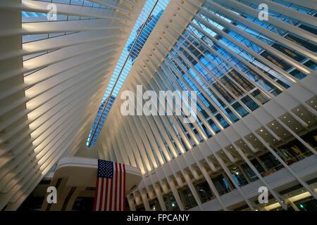Innenansicht des Oculus das Herzstück des World Trade Center Transportation Hub, Manhattan, New York City, USA - Stockfoto