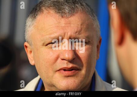 Der Präsident des FC Dynamo Kyiv Igor Surkis gibt ein interview - Stockfoto