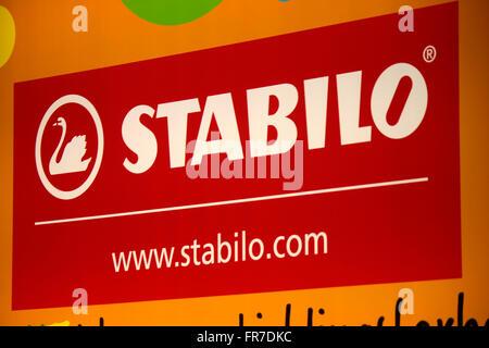 "Das Logo der Marke ""Stabilo"", Berlin. - Stockfoto"