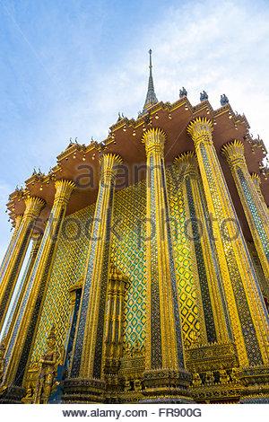 Phra Mondop Bibliothek im Khmer-Stil, Tempel des Smaragd-Buddha (Wat Phra Kaew), Grand Palast Komplex, Bangkok, - Stockfoto