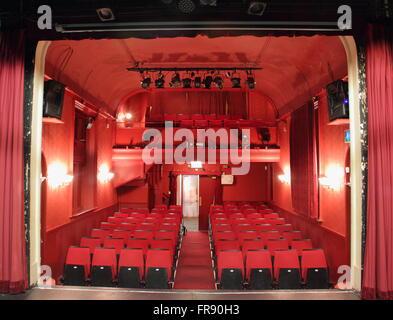 Der Zuschauerraum des Theaters Laterne, Sheffield, gesehen von der Bühne des älteste, kleinste Theatre in Sheffield, - Stockfoto