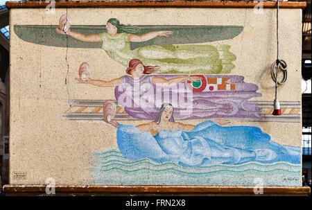 Mailand Hauptbahnhof (Milano Centrale), Italien, Abgeschlossen 1931. Art Deco Mosaikwand von G. Rufa, die Geister - Stockfoto
